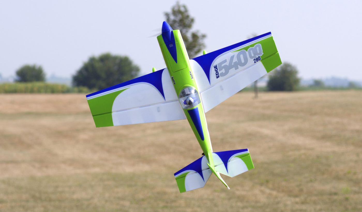 Edge 540 QQ E-flite