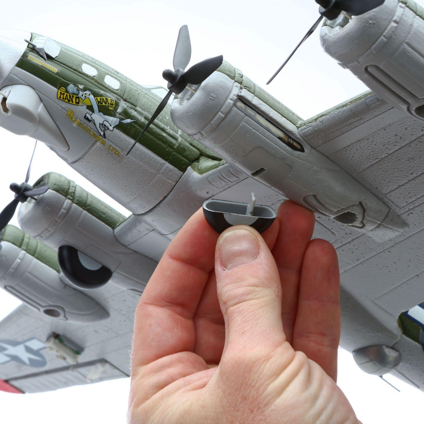 UMX B-17G Flying Fortress E-flite
