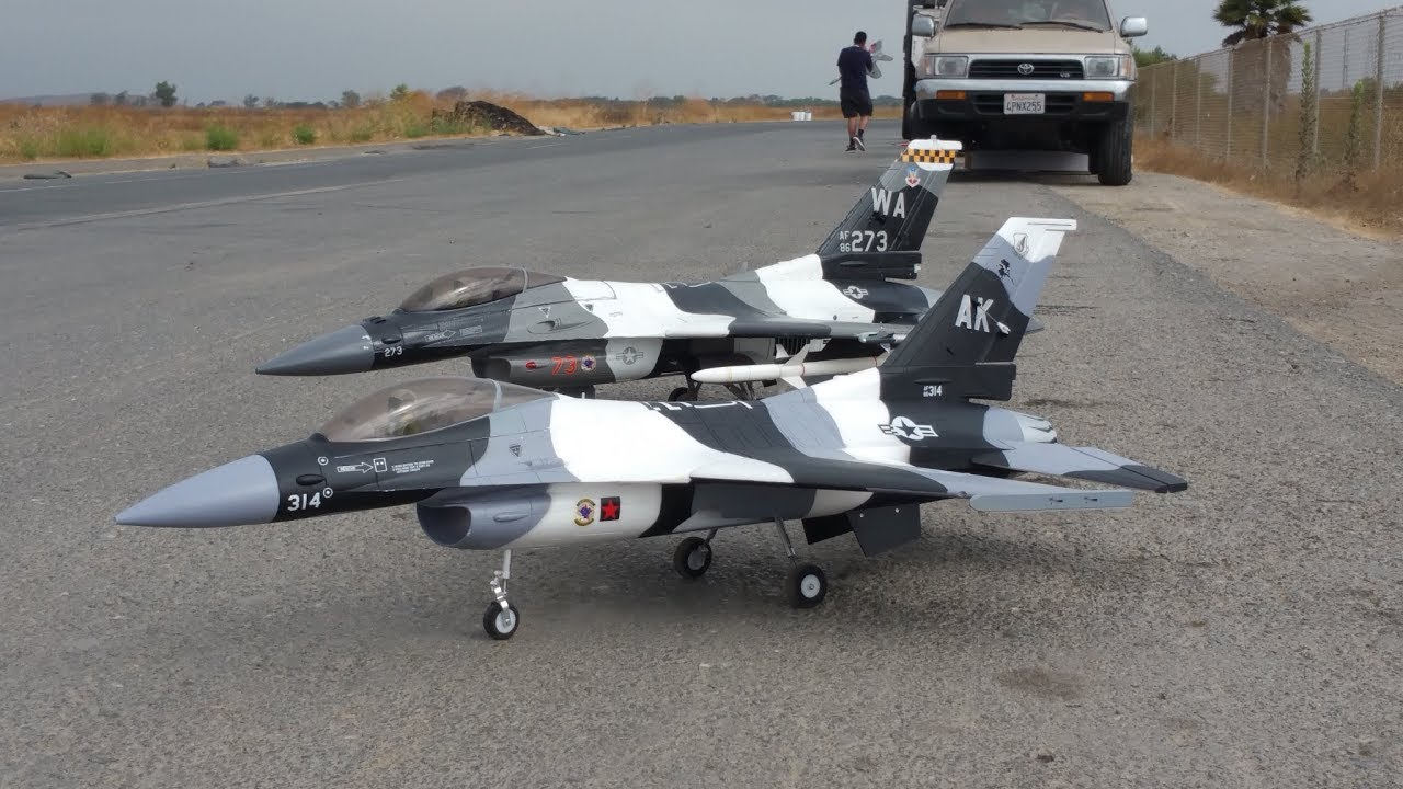 F-16 V2 Freewing Model