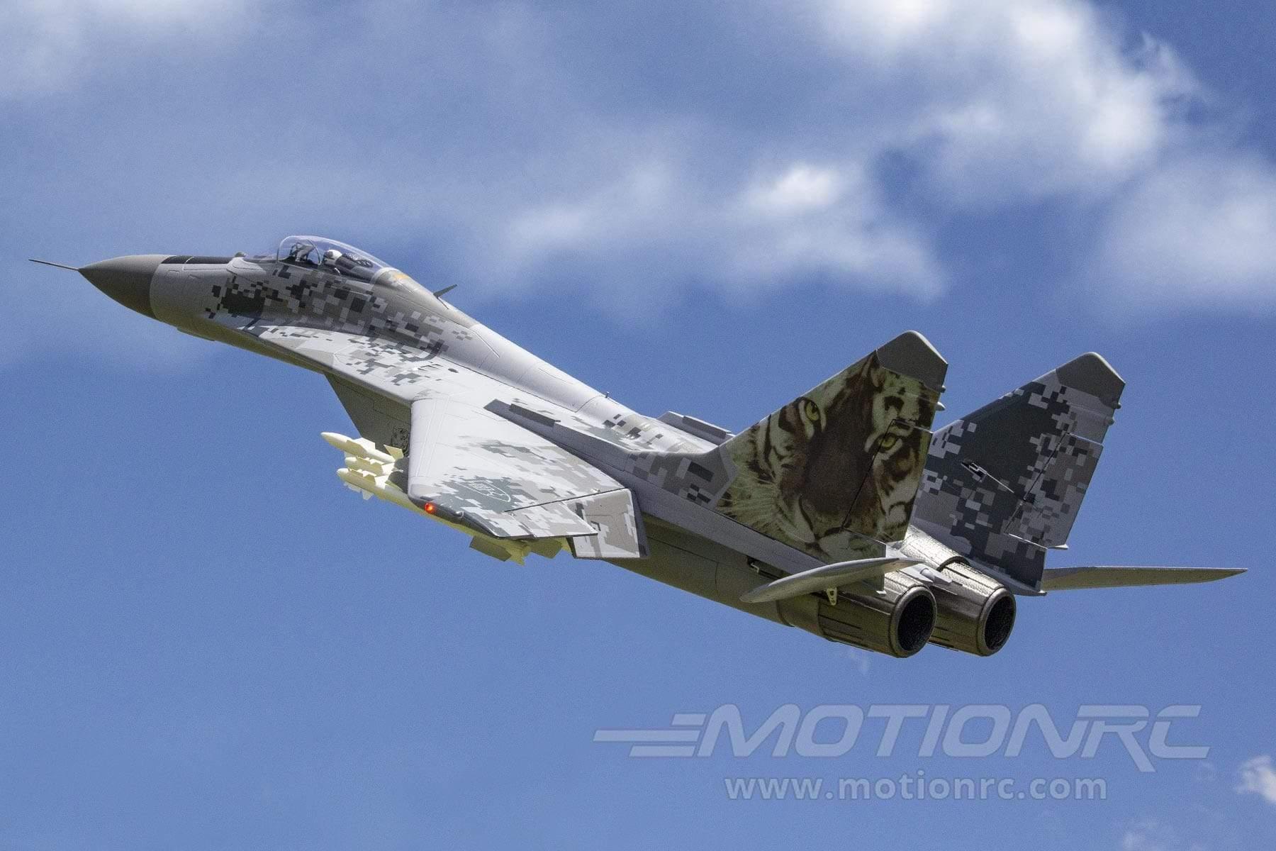 MiG-29 Fulcrum Freewing Model