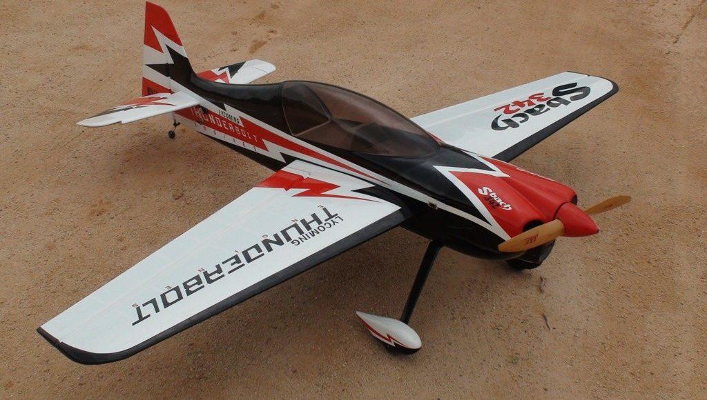 Sbach 342 Thunderbolt Pilot RC
