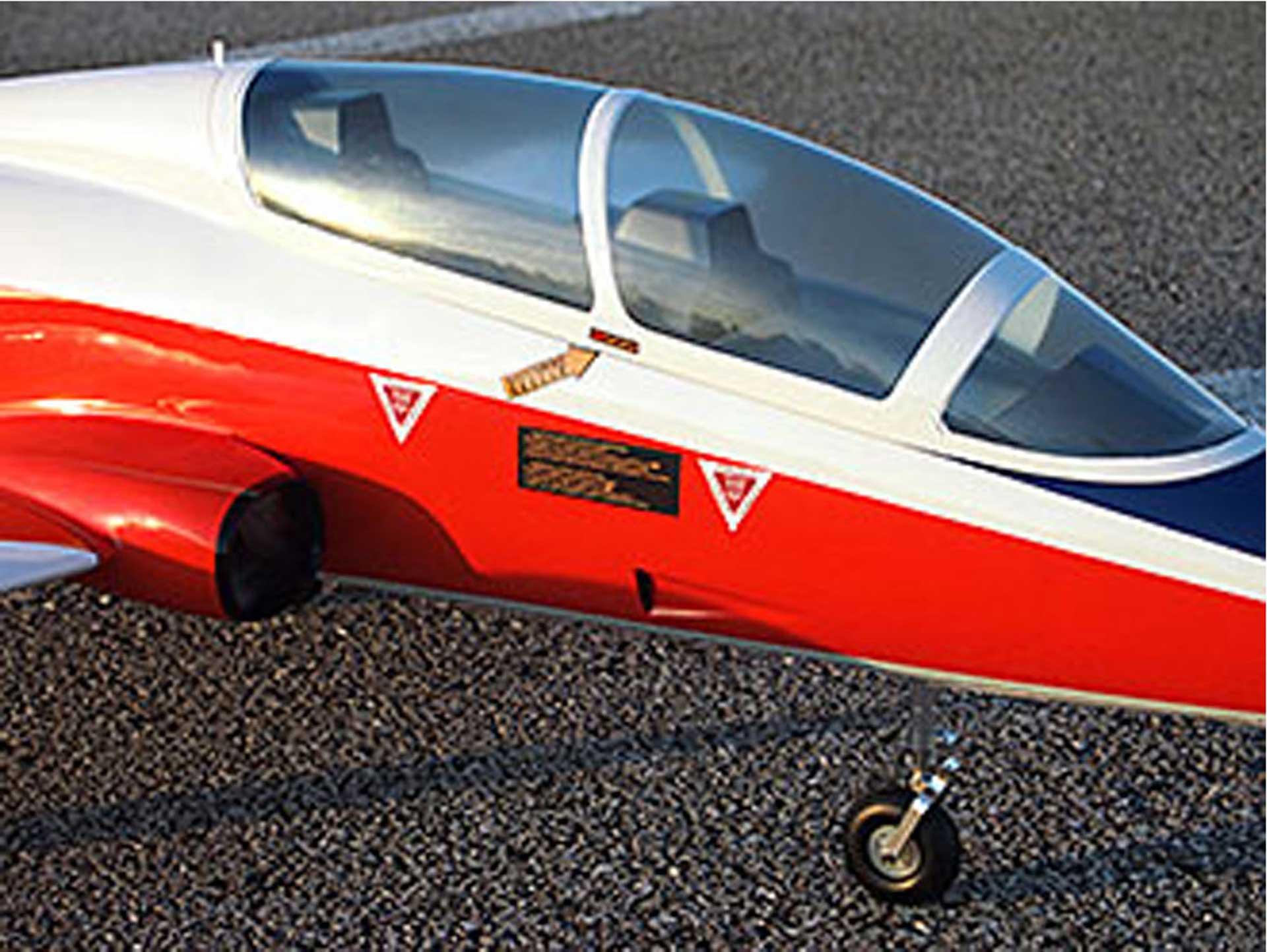 MB-339 Mini SebArt