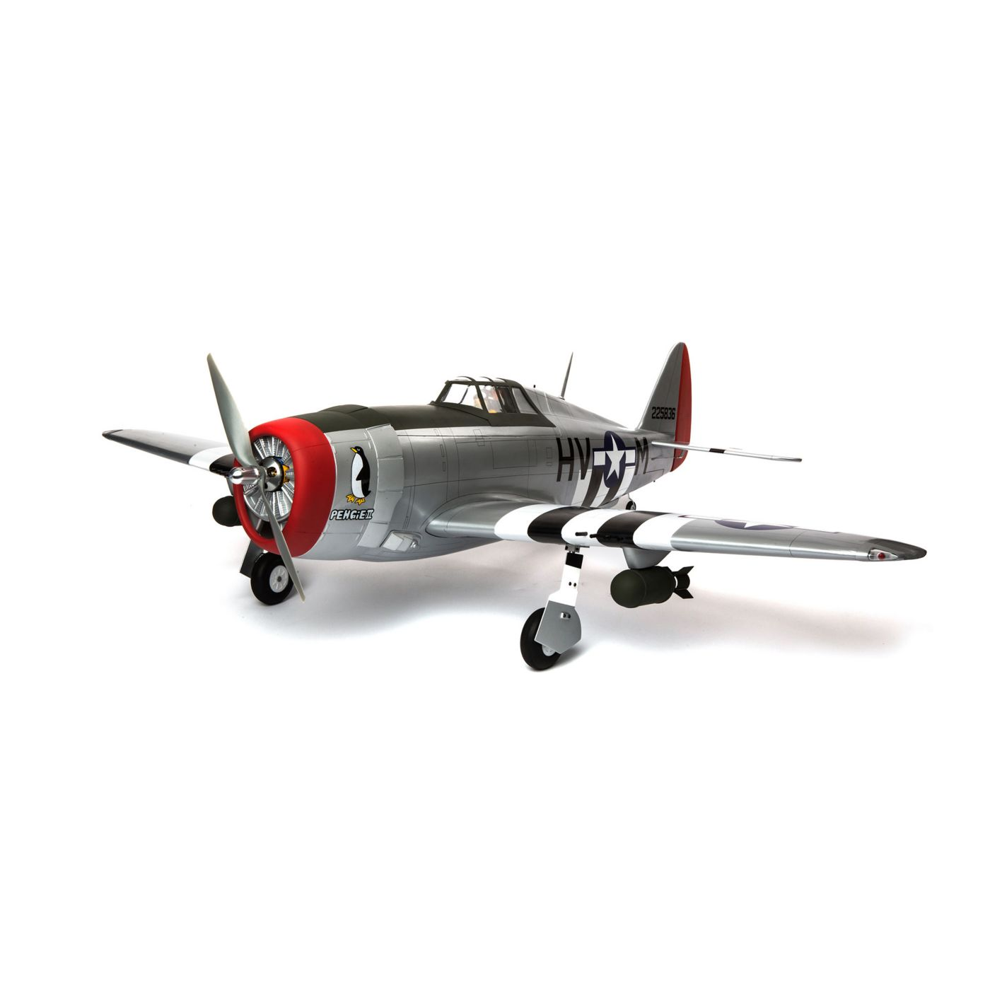 P-47D Thunderbolt hangar 9
